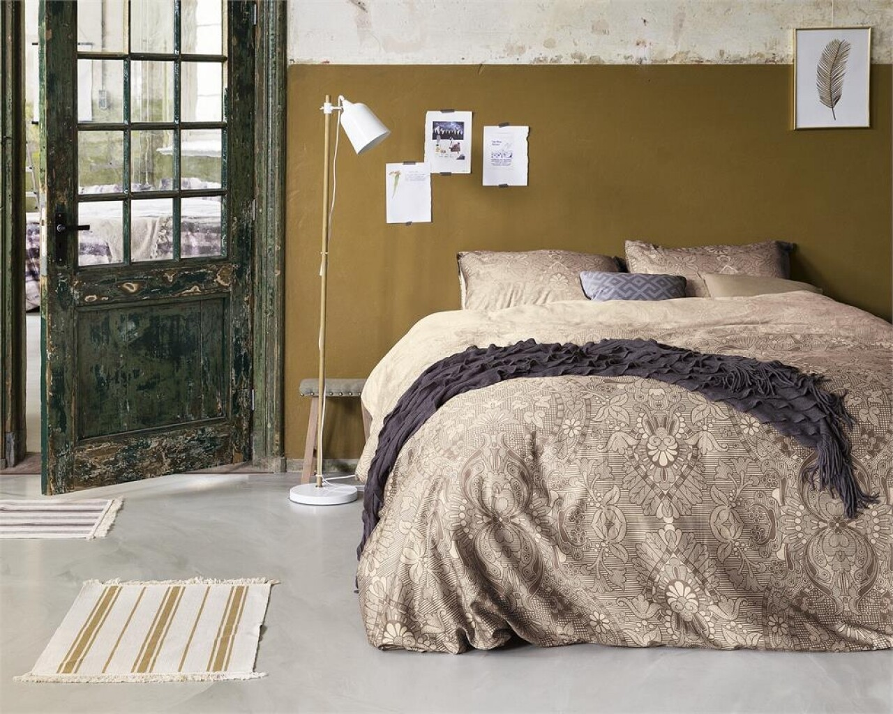 Lenjerie de pat pentru doua persoane Milla Taupe, Primaviera Deluxe, 100% bumbac satinat