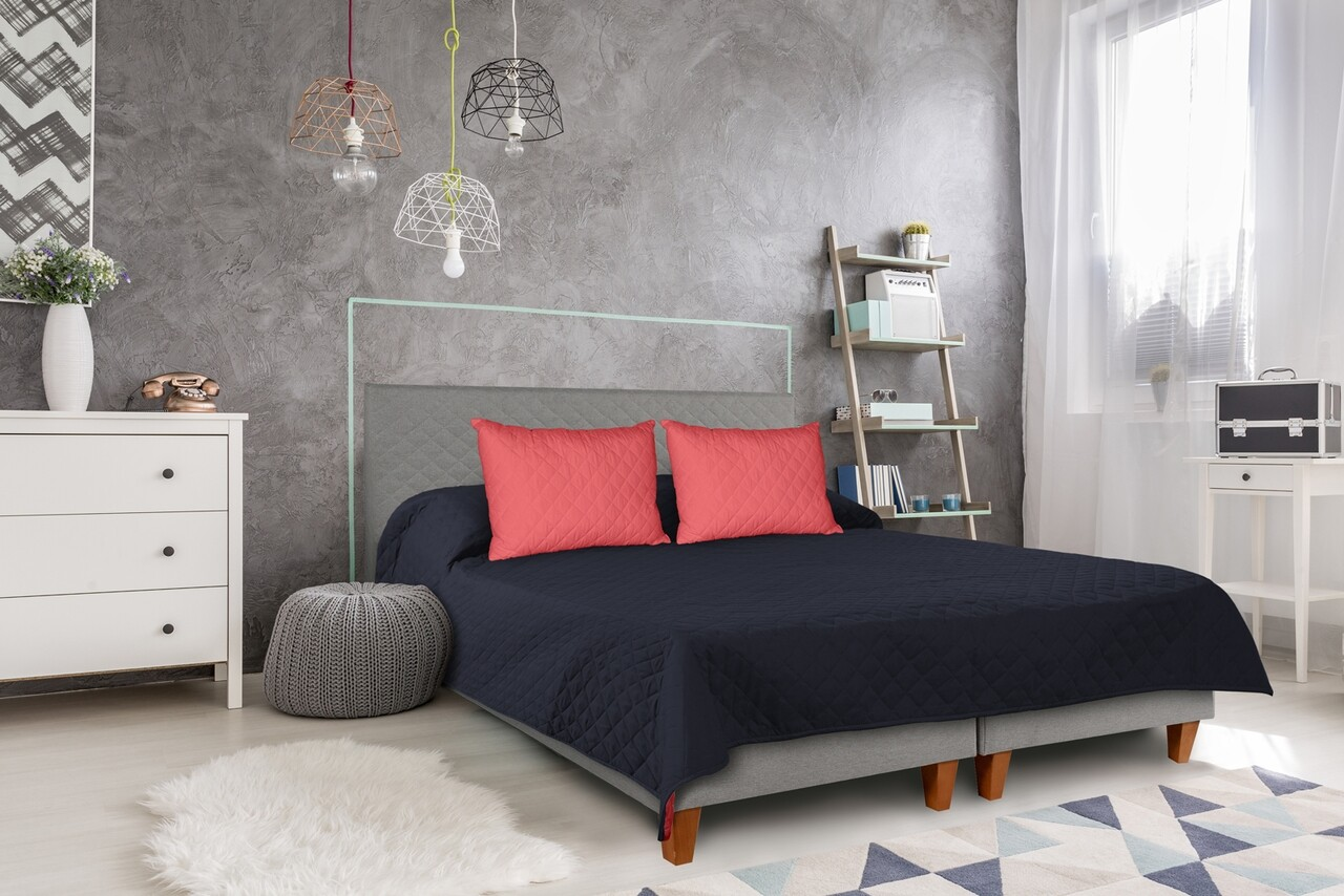 Cuvertura matlasata cu 2 fete Alcam, 210 x 220 cm, Bleumarin/Roz